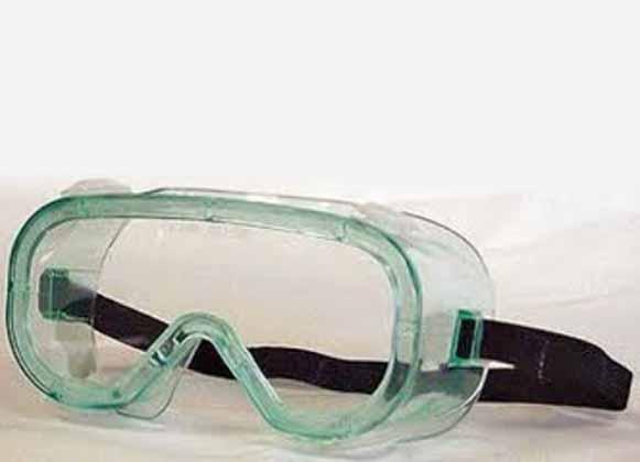 Goggles with anti-fog coating